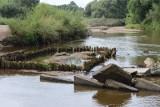 Zniszczone mosty na Nysie Łużyckiej i Odrze. Dziś mamy granicę głównie geograficzną