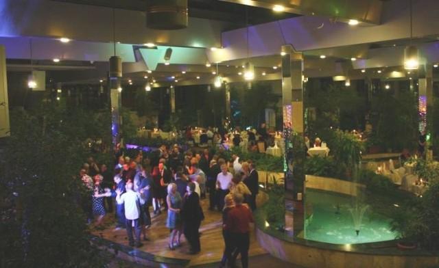 Na zabawie andrzejkowej w kieleckim Patio bawiło się około 180 osób.