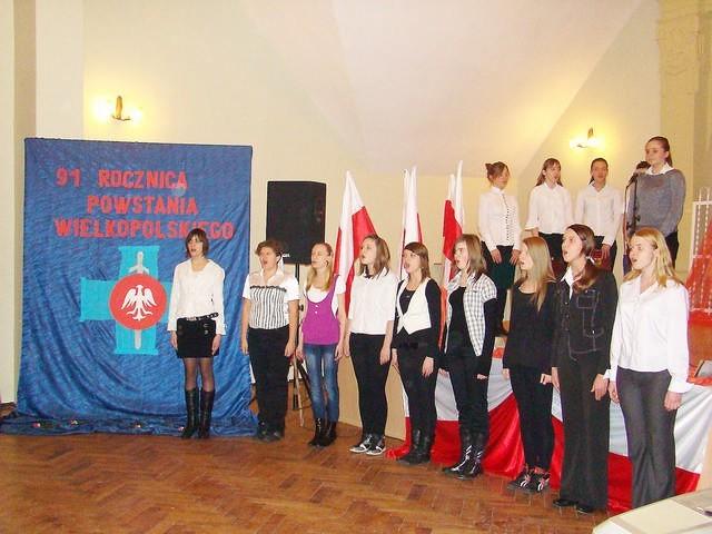 Migawka z wieczornicy w Gimnazjum nr 1 w Inowrocławiu