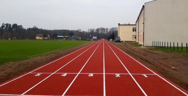 Nowa bieżnia powstała przy Zespole Szkolno-Przedszkolnym w Jastrzębi.