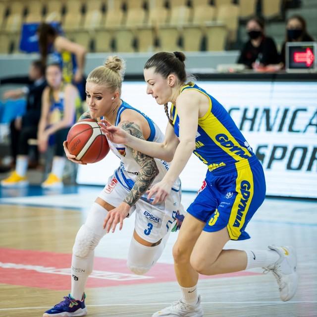 Bydgoszczankom nie udało się powstrzymać koszykarek z Gdyni