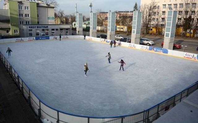 Sztuczne lodowisko będzie tradycyjnie przy ulicy Narutowicza w Radomiu.