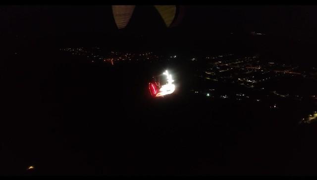 Rozświetlony powóz przeleciał nad Zieloną Górę w sobotę w godzinach wieczornych