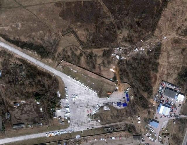 Miejsce katastrofy prezydenckiego samolotu