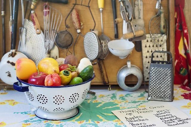Kulinarną podróż w czasie warto rozpocząć od łączenia komponentów bardziej dostępnych i bliższych naszym obecnym gustom kulinarnym.