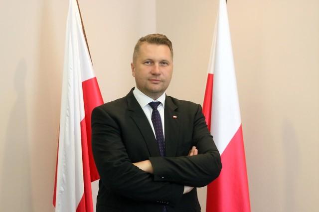 Minister Przemysław Czarnek ogłasza program wsparcia psychologiczno-pedagogicznego dla uczniów i nauczycieli w pandemii koronawirusa