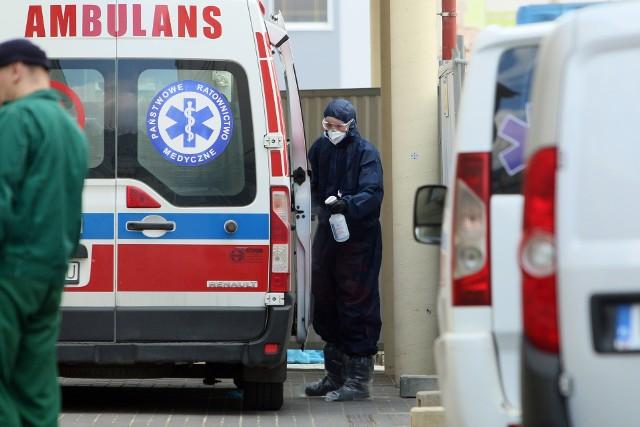 W szpitalu w Puławach zmarł 68-letni mężczyzna z koronawirusem