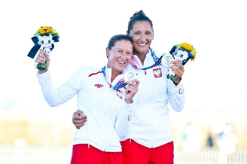 jolanta Ogar-Hill i Agnieszka Skrzypulec. Srebrne medalistki...