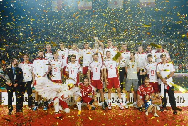 Cztery lata temu polscy siatkarze  zajęli drugie miejsce w Pucharze Świata i pojechali na igrzyska olimpijskie do Londynu