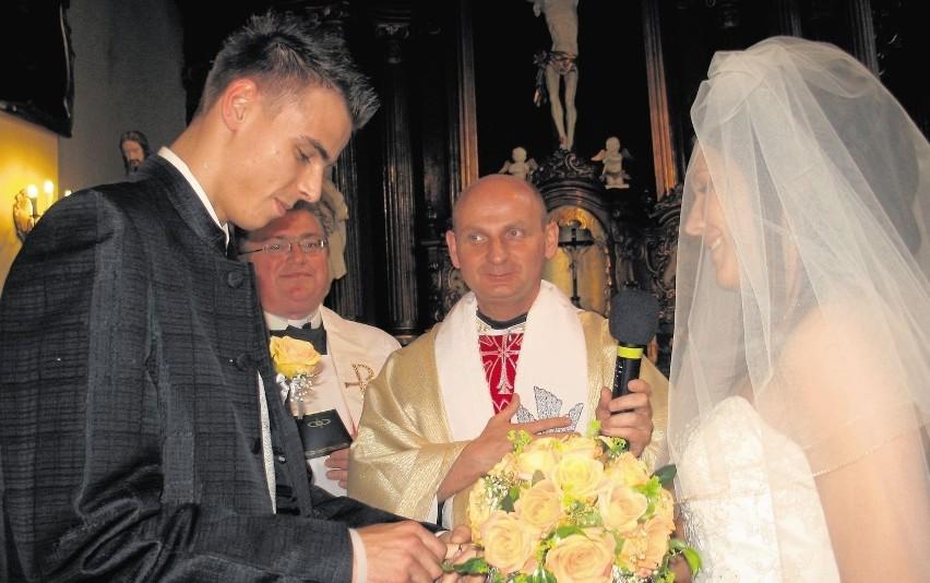 17 czerwca 2006 roku – siatkarz Mariusz Wlazły poślubił...