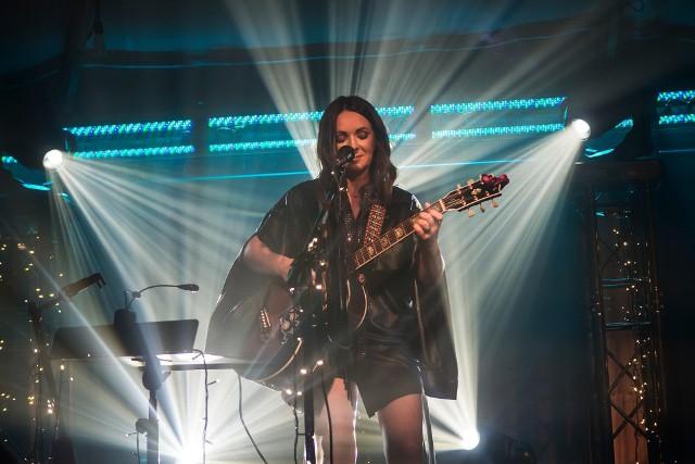 15 października o godzinie 20 wokalistka Kasia Kowalska wraz z zespołem wystąpi w sali koncertowej w Urzędzie Miejskim w Radomiu.