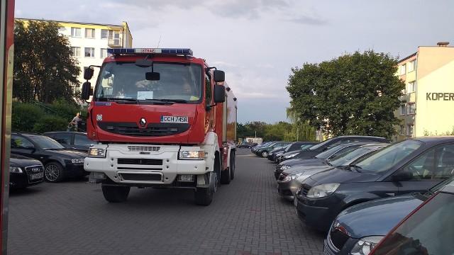 Pożar w bloku, przy ul. Kopernika 9 w Chełmnie, na szczęście, okazał się niegroźny.