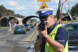 """W Kujawsko-Pomorskiem policjanci masowo wlepiali mandaty podczas akcji """"Prędkość"""". Kierowcy nagminnie łamali przepisy"""