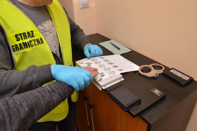 We wtorek 3 sierpnia funkcjonariusze Straży Granicznej ze Świecka przeprowadzili kontrolę legalności zatrudnienia cudzoziemców pracujących na budowie w centrum Słubic.