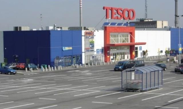 Ponad 10 milionów klientów sklepów sieci Tesco będzie mogło taniej kupować produkty dzięki przystąpieniu do programu.