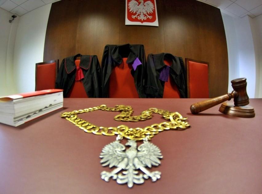 Powiat puławski: szantażowali, więzili i gwałcili. Horror kobiety, która nie doczekała się sprawiedliwości, trwał latami