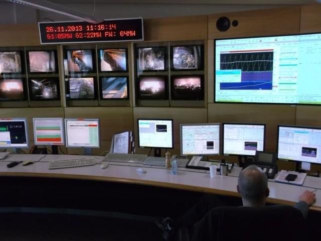 Do obsługi instalacji Rothensee wystarczy tylko dziewięć osób, większość pracy wykonują automaty i komputery