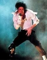 Nowy singiel Michaela Jacksona - Hold My Hand - już można kupić [posłuchaj]