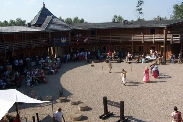 Międzynarodowy Turniej Rycerski w Grodzie pod Byczyną został wydarzeniem sezonu.