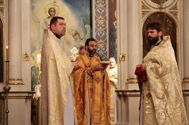 Liturgię odprawił ordynariusz diecezji białostocko-gdańskiej arcybiskup Jakub