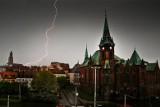 Potężna burza zbliża się do Wrocławia. Czeka nas nawałnica z piorunami i gradem? [GDZIE JEST BURZA? 21.06.2021]