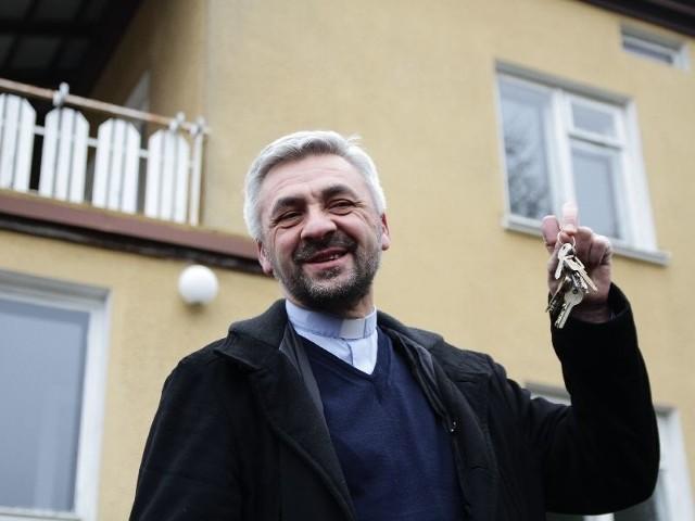 Liczę, że ten projekt to początek likwidacji wszystkich domów dziecka w mieście – powiedział ojciec Edward Konkol odbierając klucze do Domu Powrotu