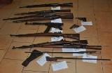 Nielegalny arsenał broni w mieszkaniu w Łabiszynie