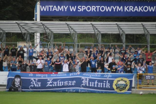 Publiczność na meczu Hutnik Kraków - Olimpia Grudziądz