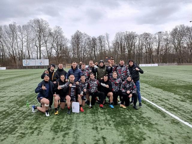 """Tak rugbyści Posnanii cieszyli się ze zwycięstwa w turnieju """"7"""" w Warszawie"""