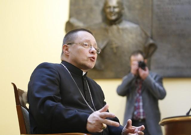 """Abp łódzki Grzegorz Ryś o kazaniu ks. Edwarda Stańka: """"Boli mnie modlitwa o śmierć papieża"""""""