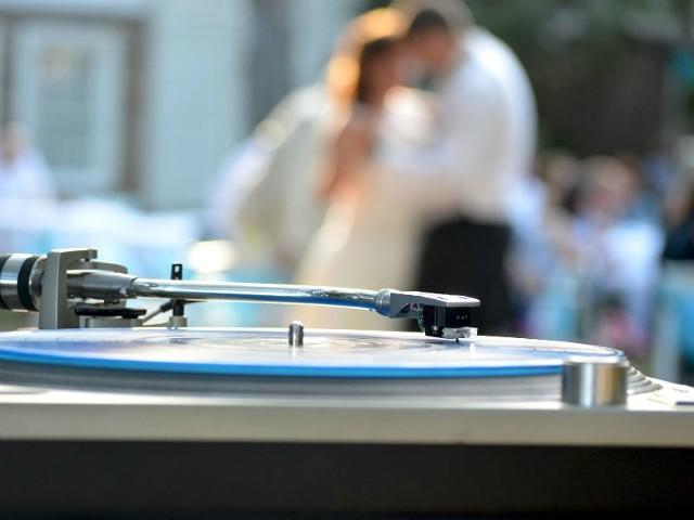 Jeśli planujesz ślub, weź udział w naszym konkursie. Do wygrania jest wesele.