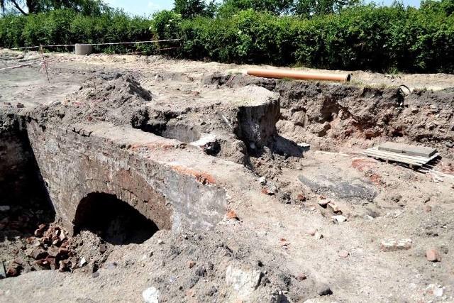 Na fragmenty dawnych kamienic i oficyn Malborka natrafiono na Starym Mieście na początku czerwca br.