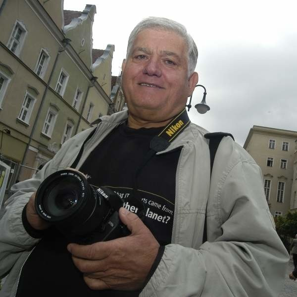 A kto widział jego albumy fotograficzne (Opole i okolice), ten bez trudu zrozumie, dlaczego Bułhak radził tyle lat temu: Fotografujcie sercem!
