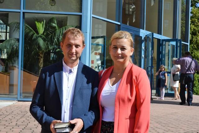 Aleksandra i Jerzy Czechowie świętowali 25-lecie małżeństwa trzy tygodnie temu. Wczoraj uczestniczyli pielgrzymce jubilatów do kościoła seminaryjnego w Opolu.