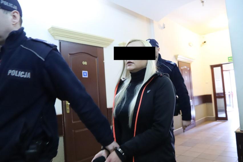 42-letni Tomasz R., były strażnik Służby Więziennej, którego...