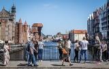 Bony turystyczne dla emerytów od września? Senatorowie i organizacje turystyczne je popierają. Jaka będzie wartość bonów i do kogo trafią?
