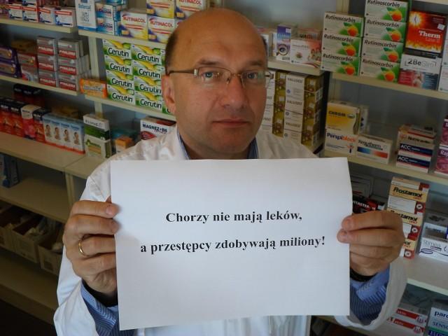 Mariusz Politowicz  na co dzień  spotyka się pacjentami, którzy z kwitkiem wychodzą z apteki.