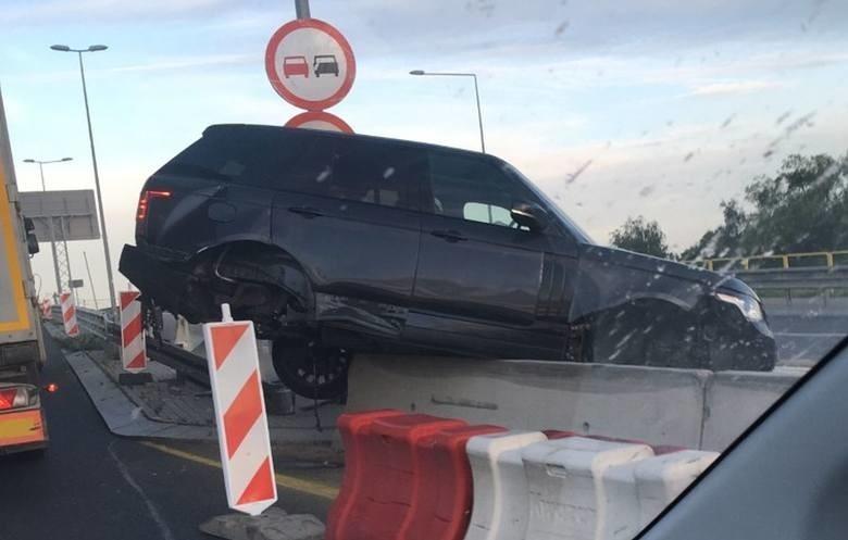 Wypadek z lipca 2020 r. Kierowca range rover sport z...