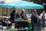 Dzień na pabianickim targowisku. Tłumy na rynkach ZDJĘCIA