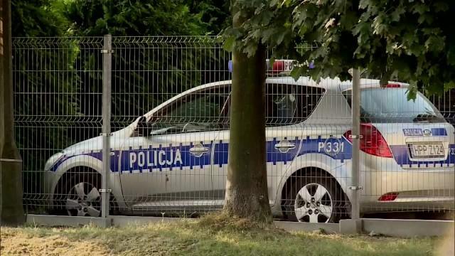 Sąd wczoraj tymczasowo aresztował 6 policjantów drogówki z Żor, zatrzymanych pod zarzutami brania łapówek. Sprawę skomentował dziś również Komendant Wojewódzki Policji, nadinsp. Krzysztof Justyński.