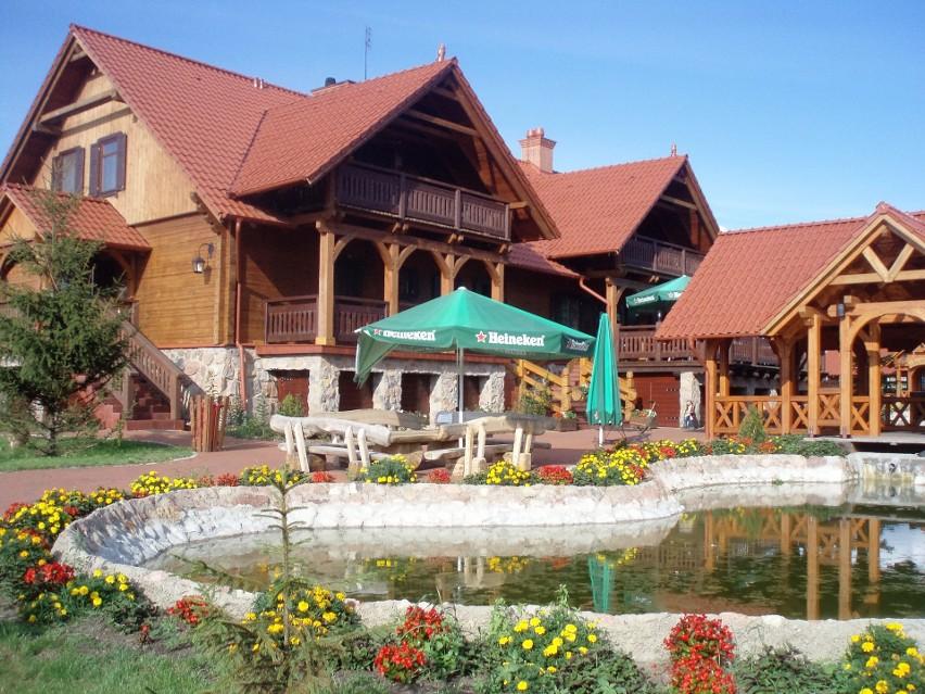 Restauracja zajazdu Fojutowo koło Legbąda (powiat tucholski)...