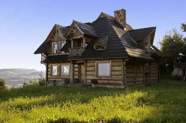 To, jakich materiałów użyjemy do budowy domu, powinno być uzależnione od klimatu, w jakim będziemy mieszkać.