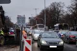 Paraliż komunikacyjny na starym moście w Toruniu. Co się wydarzyło? Tworzyły się gigantyczne korki!