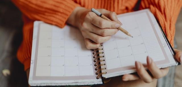Piątek, 27 grudnia, będzie dniem wolnym od pracy! Nowe zarządzenie Kancelarii Prezesa Rady Ministrów wydłuża niektórym przerwę świąteczną. Kto nie musi przychodzić do pracy 27 grudnia? Sprawdźcie!