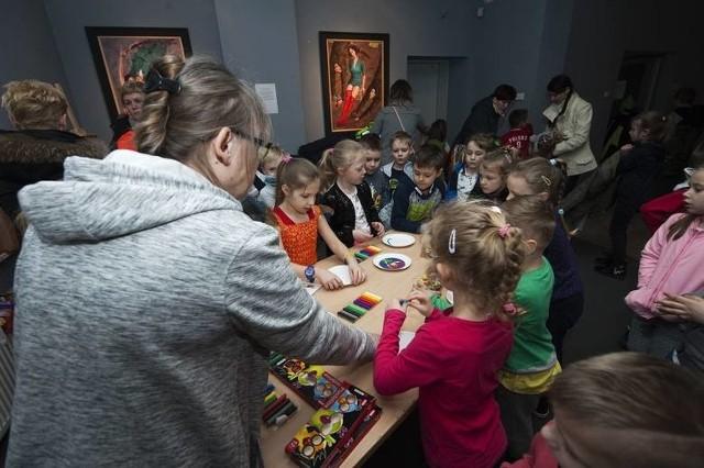 Już wkrótce najmłodsi artyści będą mogli wziąć udział w warsztatach plastycznych, które w wersji cyfrowej przygotowuje Centrum Kultury 105 w Koszalinie.