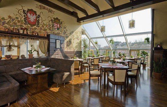 Tokaj Restaurant, ul. Icchoka Malmeda 7, BiałystokKuchnia:węgierska, europejska, wschodnioeuropejska, środkowoeuropejska