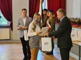 Kędzierzyn-Koźle. Grupa Azoty ZAK S.A. wsparła stypendiami najzdolniejszych uczniów z Zespołu Szkół nr 3