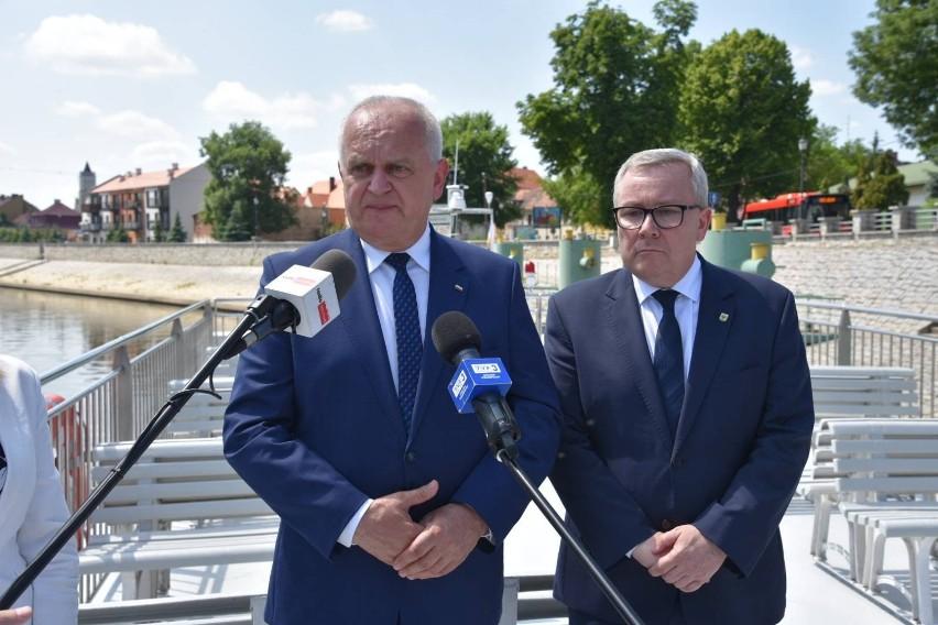 W trakcie wizyty w Nowej Soli Władysław Dajczak spotkał się...