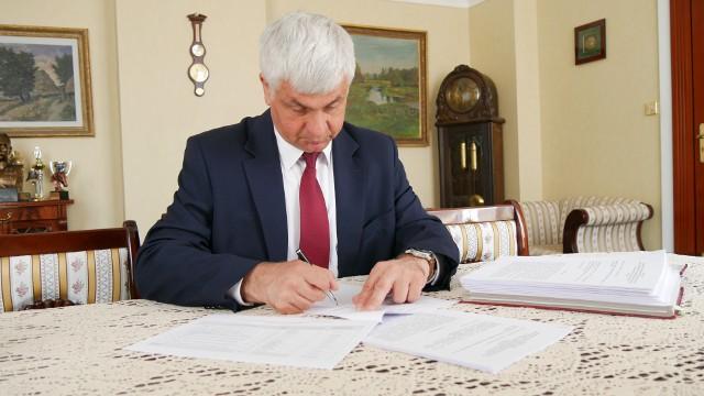 Wojewoda Bohdan Paszkowski rozstrzygnął dodatkowy nabór w ramach Funduszu Rozwoju Przewozów Autobusowych