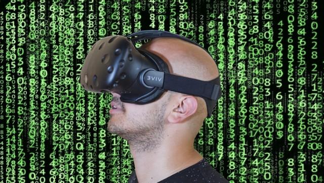 Eksperci zwracają uwagę, że program powinien także umożliwiać zakup aplikacji oraz cyfrowych treści edukacyjnych, np. jeśli szkoła planuje nabyć autonomiczne gogle VR, to będą one bezużyteczne bez oprogramowania.